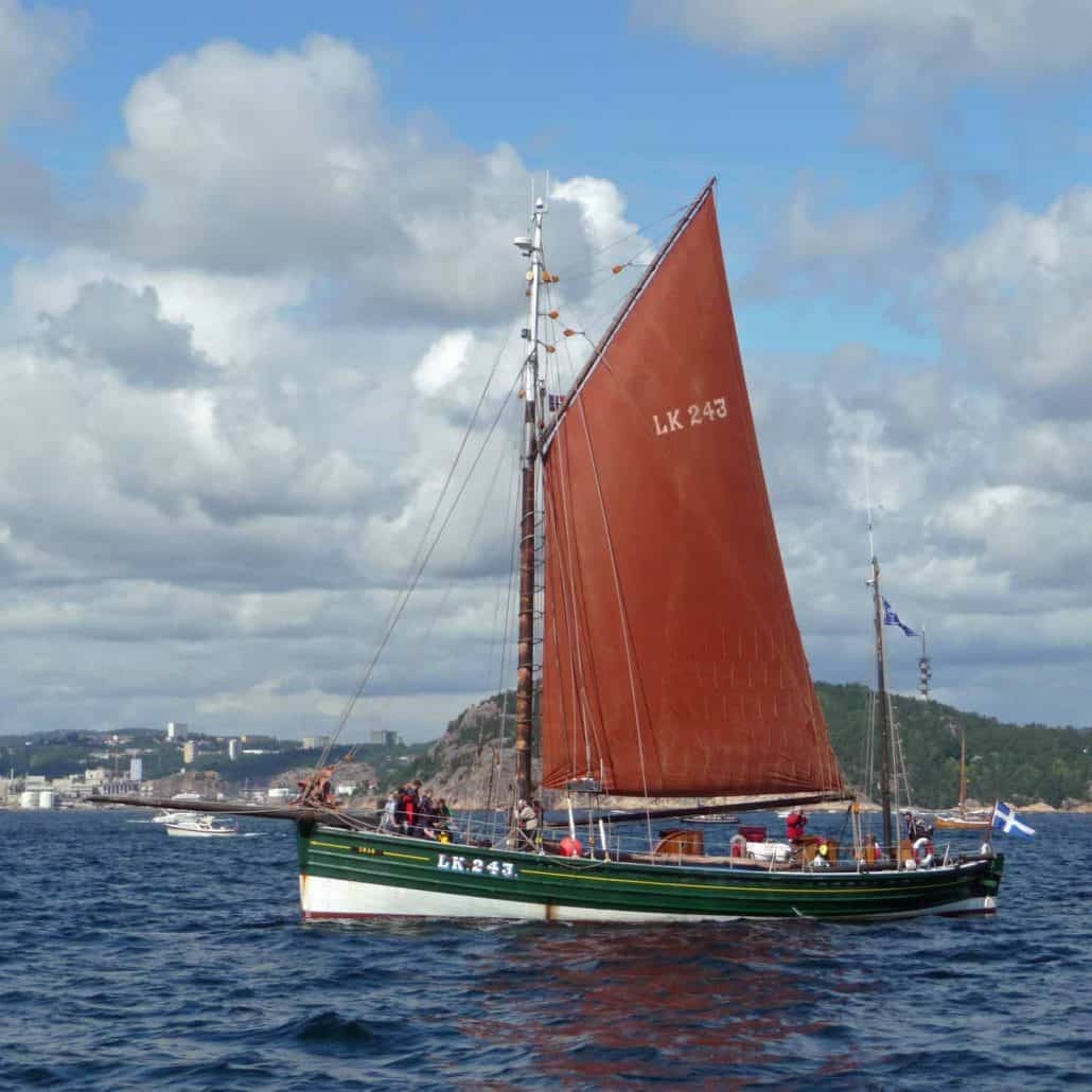 The Swan, ex herring fishing vessel, gaff rigged ketch rigged built in 1900. Now based in Lerwick and takes local young people out sailing. SchoonerSail Tall Ships Gallery.