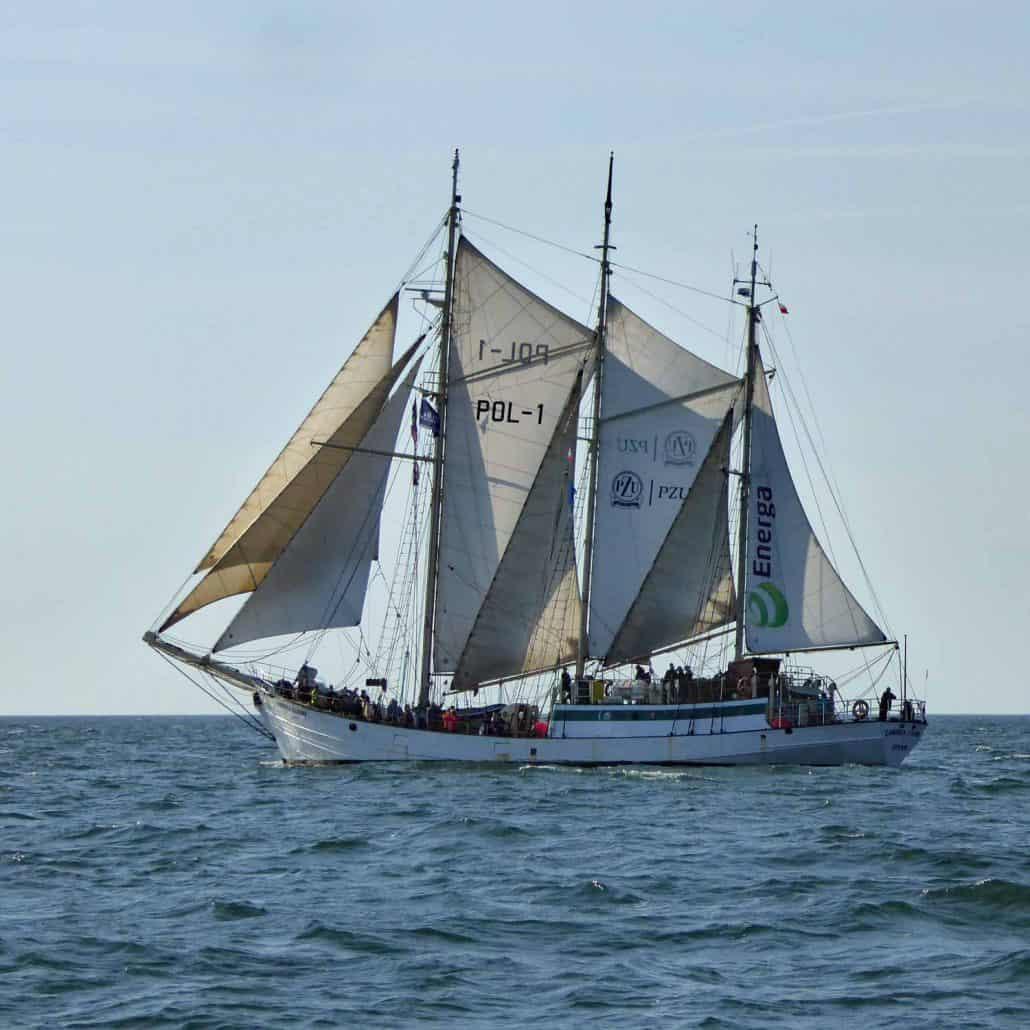 Zawisza Czarny - Wishbone Schooner. SchoonerSail Tall Ships Gallery.