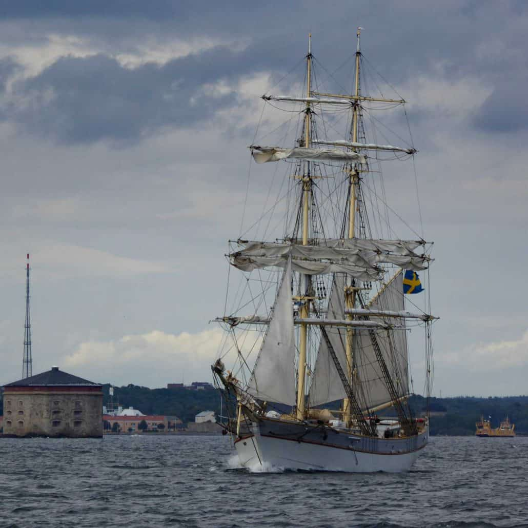Tre Kronor a Swedish brig photographed leaving Karlskroner in 2015. Home port is Stockholm. SchoonerSail Tall Ships Gallery