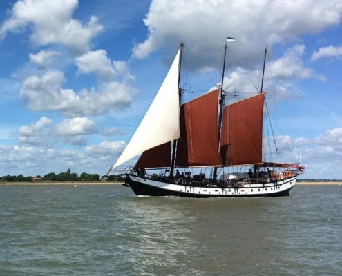 Uk Sailing weekends on the schooner Trinovante